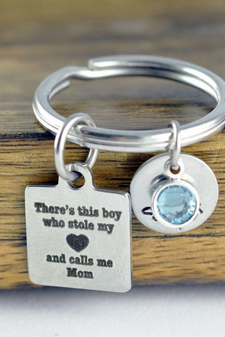 There's this boy who stole my heart he calls me mom keychain / Mother and Son Gift, Mothers Jewelry, Mothers Day Gift, Mothers Keychain