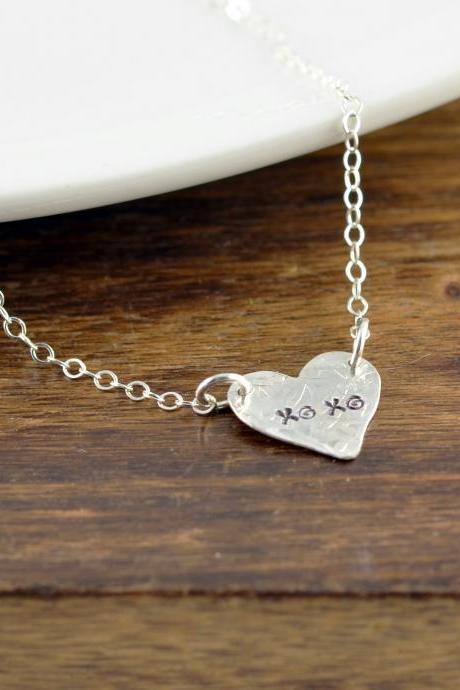 XO Jewelry, XO Necklace, XO Pendant, Hugs and Kisses, Gift for Wife, Gift for Girlfriend, Valentines Day Gift, Valentines Necklace