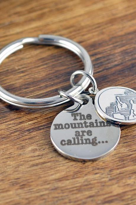 The Mountains Are Calling Key Chain -Gift For Her - Outdoor Gift for Husband- Mountain Keychain - Jewelry Gift for Hiker, Nature, Ski